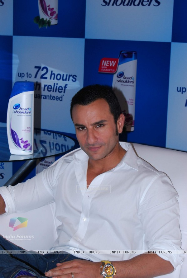 Saif Ali Khan at a promotional Head and Shoulders Event