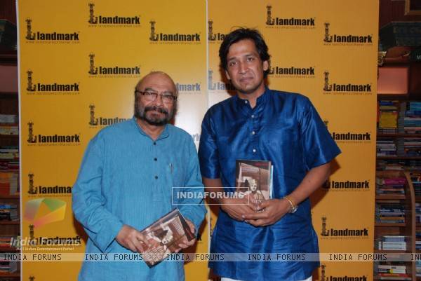 Shyam Benegal at the book launch of The Thing about Thugs at Landmark, Andheri