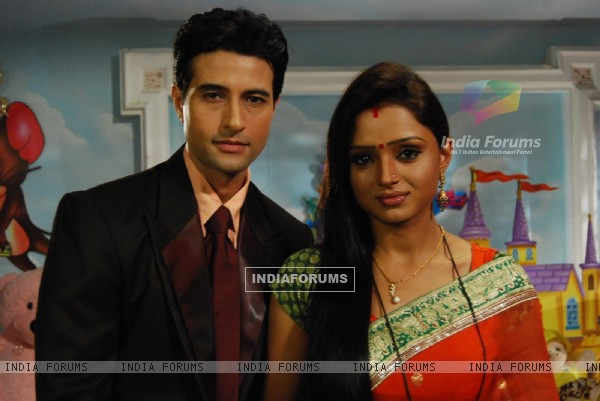 Still image of Anmol and Ragini