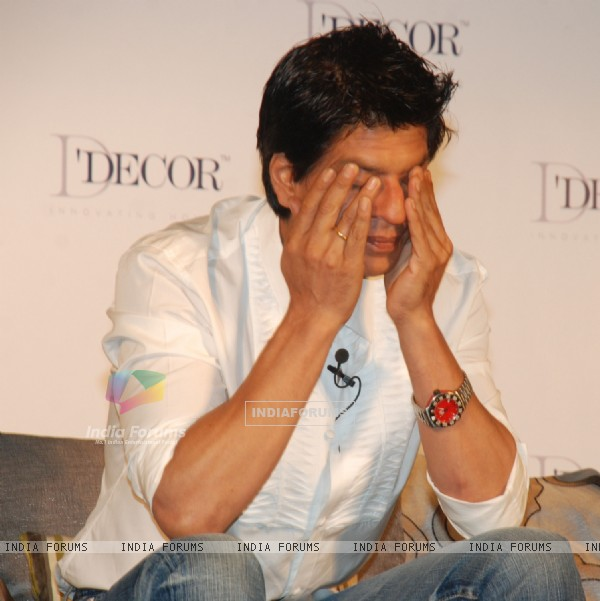 Shah Rukh Khan and Gauri Khan as the brand ambassador of D''Decor at Taj Lands End