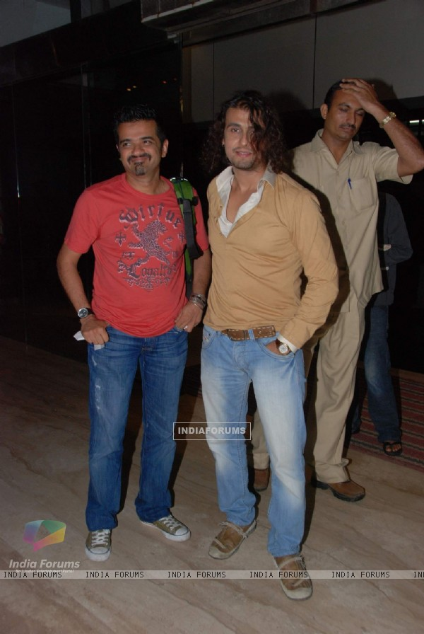 "Sonu Nigam and Ehsaan Noorani at ""we are Family"" screening at Cinemax"