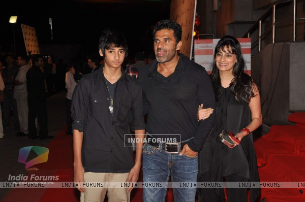 Sunil Shetty at Dabangg premiere at Cinemax