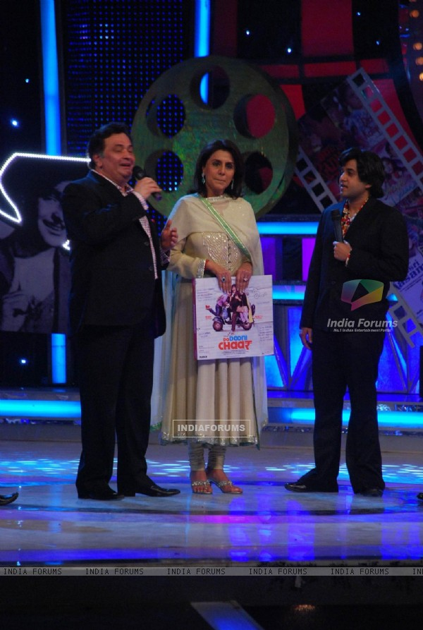 Rishi and Neetu on the sets of Star Plus Chotte Ustad at Mehboob