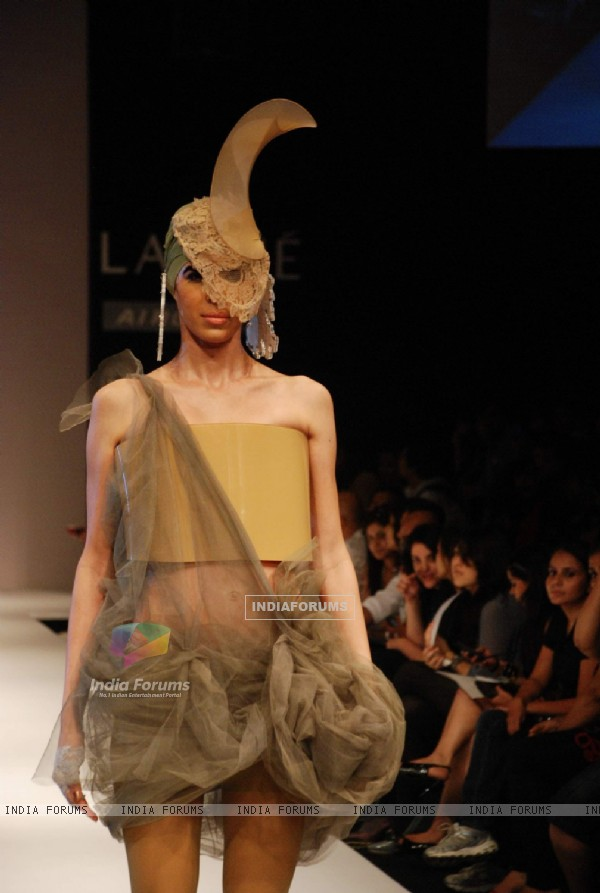 A model walks the runway in an Little Shilpa design at the Lakme Fashion Week
