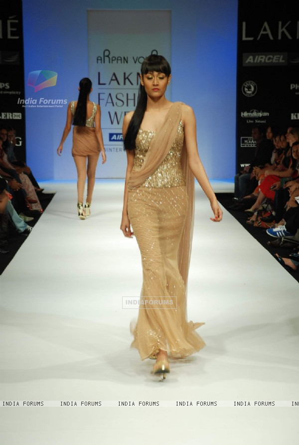 A model on the ramp for Arpan Vohra's design at the Lakme Fashion Week