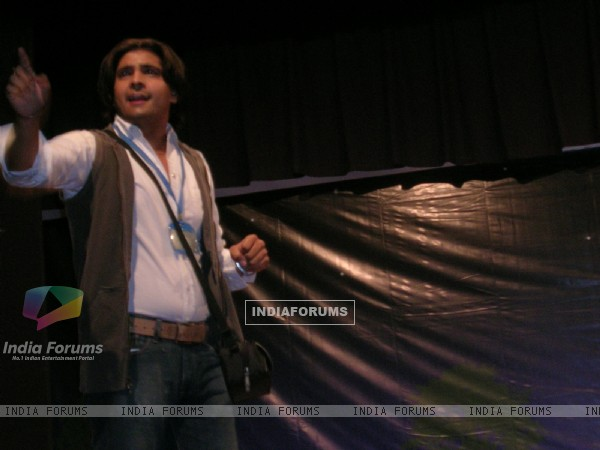 Karan Mehra as reporter