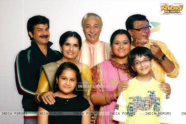 Cast of Khichdi - The Movie (98828)