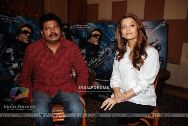 Aishwarya Rai Robot press meet at Sun n Sand