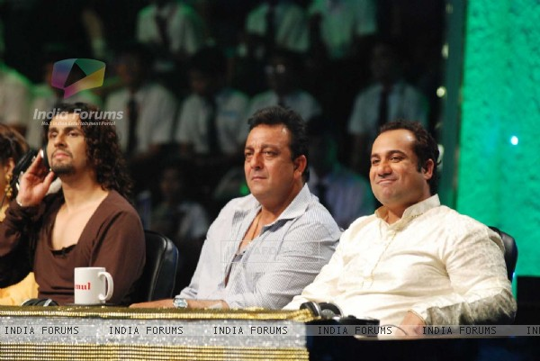Sonu Nigam, Sanjay Dutt and Rahat Fateh Ali Khan on the sets of Chhote Ustaad