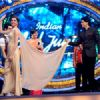 SRK and Deepika re-enact 'OM SHANTI OM' on 'Indian Idol Junior'