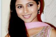 """Theatre is totally opposite to TV"" Veebha Anand"