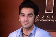 """Its fun to play a negative role"" :  Vishal Vashishtha"