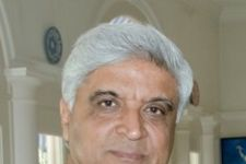 Javed Akhtar speaks up for Aamir Khan