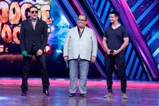Jackie Shroff and Sharman Joshi promote 'Gang of Ghosts' on Boogie Woogie Kids Championship!