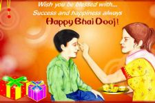 Actors and their memorable Bhai Dooj!