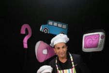 Renowned Chef Vikas Khanna to make his appearance on the sets of Captain Tiao!