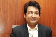 Shekhar Suman to be the third judge with Sushmita Sen and Sonu Sood on Comedy Superstars!
