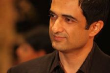 Sanjay Suri approached to host Savdhaan India!