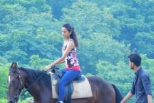Scared Heena Parmar learns how to horse-ride on the sets of Maharana Pratap!