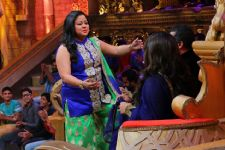 OMG : Did Bharti really reject Chetan Bhagat?