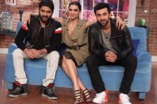 Tamasha aplenty with Ranbir and Deepika on 'Comedy Nights with Kapil'!