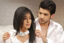 Karan Kundra and Kritika Kamra back together?