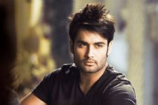Vivian Dsena makes a COMEBACK on TV..!!