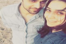 Another love-struck couple in tellytown..!