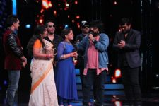 Pritam Da turns 'Big B' on Sa Re Ga Ma Pa