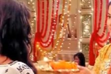 Naira returns home in Yeh Rishta Kya Kehlata Hai!