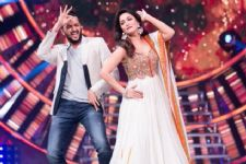 Riteish fulfills Madhuri's wish on a TV show