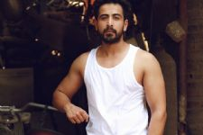 Dishank Arora juggles between Bollywood and Television projects!