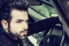 Rithvik Dhanjani's 'high heels' moment for TV show