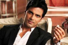 Why did SwaSan fans bash Anuj Sachdeva?