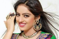 Don't think TV creates stereotypical image of actors: Deepika Singh