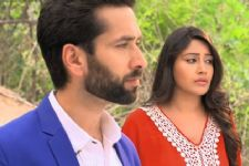 Shivaay is actually torturing Anika on Ishqbaaaz!