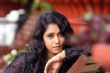 Yashashri Masurkar is all set to fly to  U.S.A. ! Find out why?