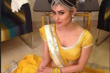Mouni Roy bags another show!