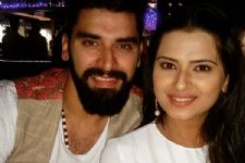 Nikitin Dheer and Kratika Sengar take off for a vacation!