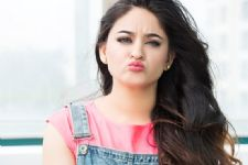 Mahhi Vij 'HAPPY' to meet cancer patients?