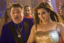 'Bhabhiji' Shilpa Shinde turns naughty!