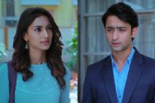 Dev to ignore Ishwari and propose Sonakshi in Kuch Rang Pyaar Ke?