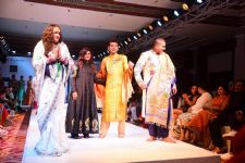 Look the Bigg Boss 7 CONTESTANT walked the RAMP!