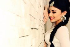 5 Reasons why Mouni Roy is so much MORE than just being an Actress..!