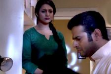 OMG! Mani to SLAP Raman; Raman turns NEGATIVE in Ishita in Yeh Hai Mohabbatein!