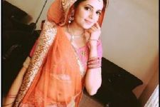 Sugandha Mishra goes Navaratri shopping in Ahmedabad!