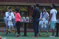 #BB10: Indiawale stay together, celebrities drift apart in tonight's episode!