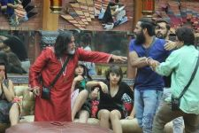 #BB10: Its Indiawale vs. Indiawale tonight!