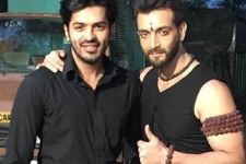 'BROMANCE' on the sets of Kaala Teeka!