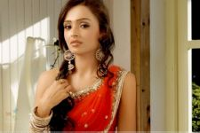 Actress Parul Chauhan not hesitant to play mother on screen!